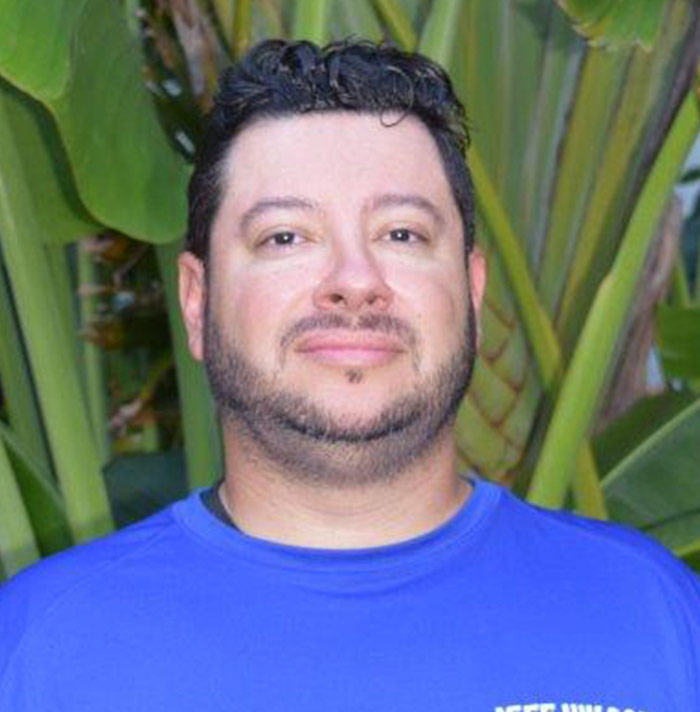 Mauricio O.